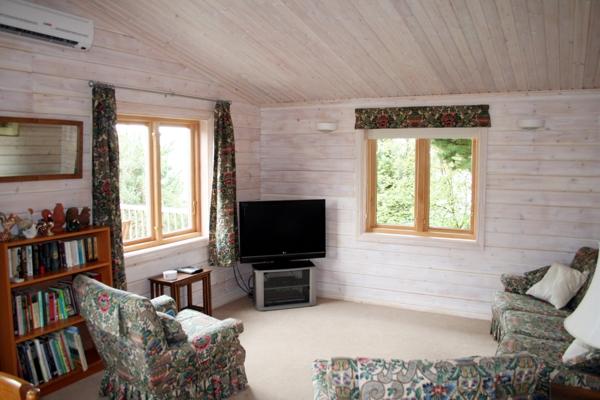 lounge-2-jpg