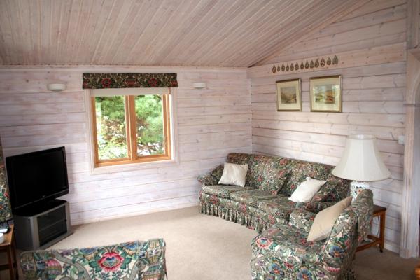 lounge1-jpg